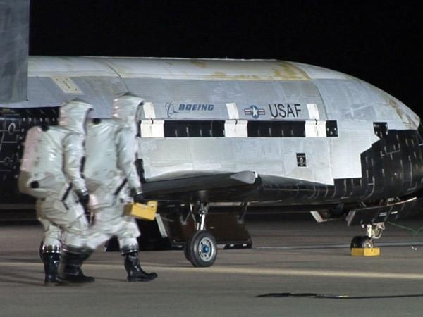air-force-x-37b-robotic-space-plane
